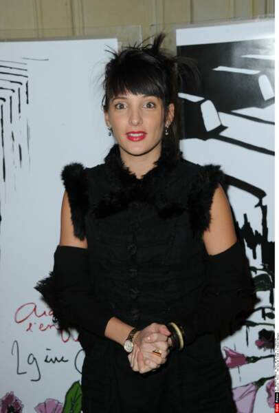 Erika Moulet, elle aussi, a quitté Cyril Hanouna et sa bande pour se concentrer sur de nouveaux projets