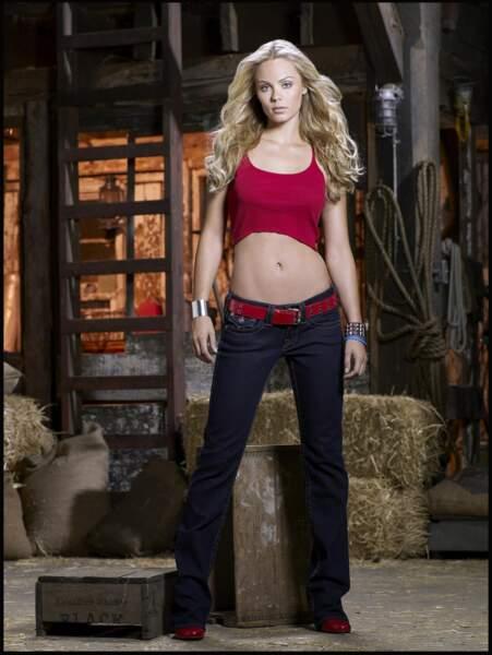 Laura Vandervoort incarnait Supergirl
