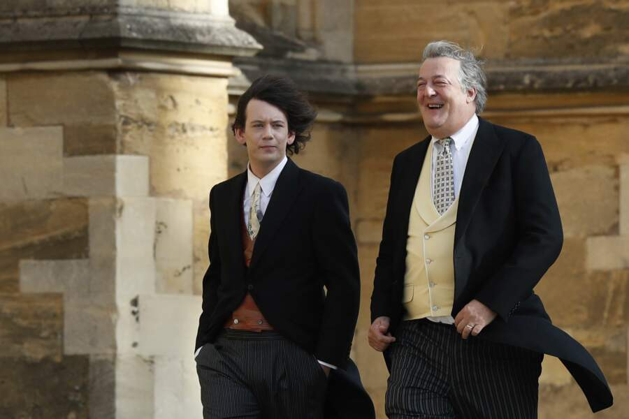 Stephen Fry (à droite) et son mari au mariage de la princesse Eugenie et Jack Brooksbank