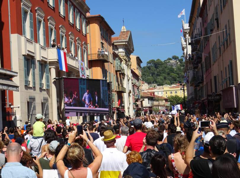 Les supporters se sont regroupés en masse pour le retour d'Hugo Lloris