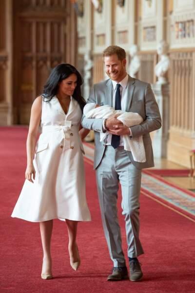 Meghan Markle et le prince Harry présentent leur fils