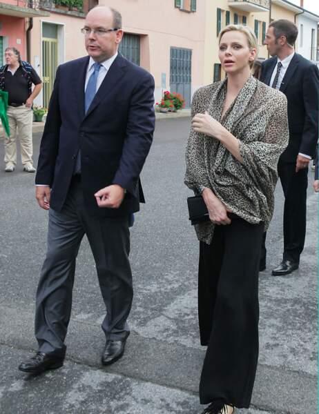 Le couple princier dans la rue de Paroldo