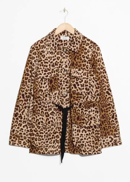 Veste léopard ceinturée, And Other Stories, 99€