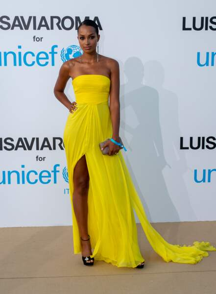 Jasmine Tookes, au gala de l'UNICEF en Sardaigne, le 10 août 2018