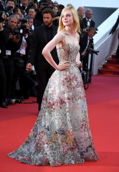 Cannes - Montée des Marches pour le 70ème anniversaire : Elle Fanning