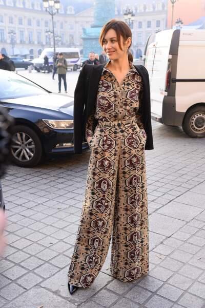 Fashion Week Haute Couture : Olga Kurylenko superbe en combi large