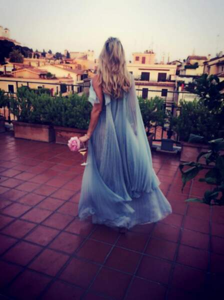 90 ans de Fendi : Kate Hudson a publié l'arrière de sa robe sur Instagram
