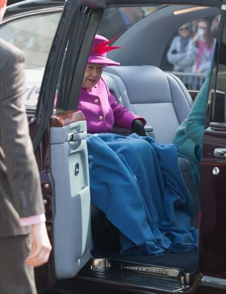 la Reine Elizabeth tire la couverture à elle !