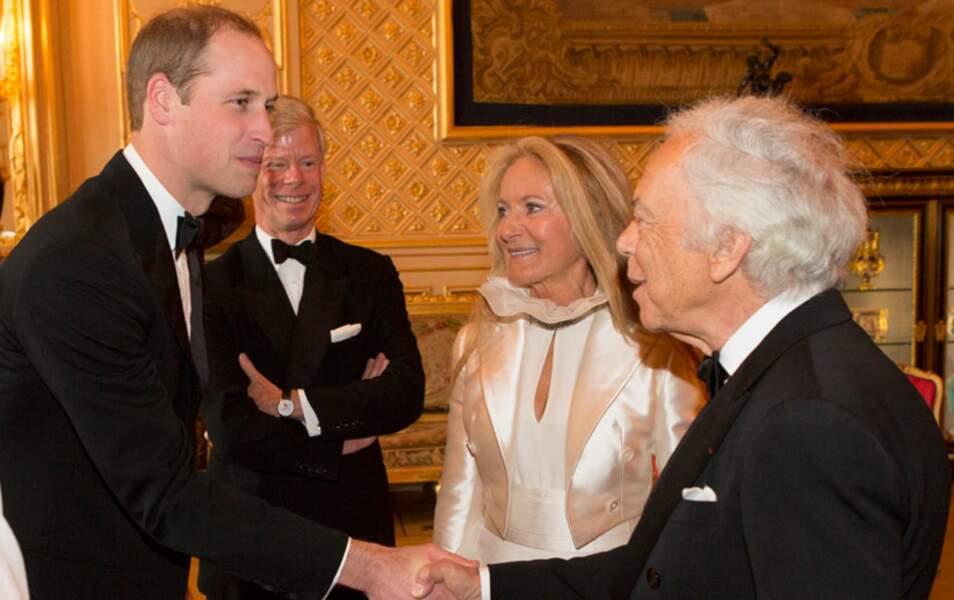 Il donne une réception en l'honneur de Ralph Lauren, principal investisseur du Royal Marsden Hospital