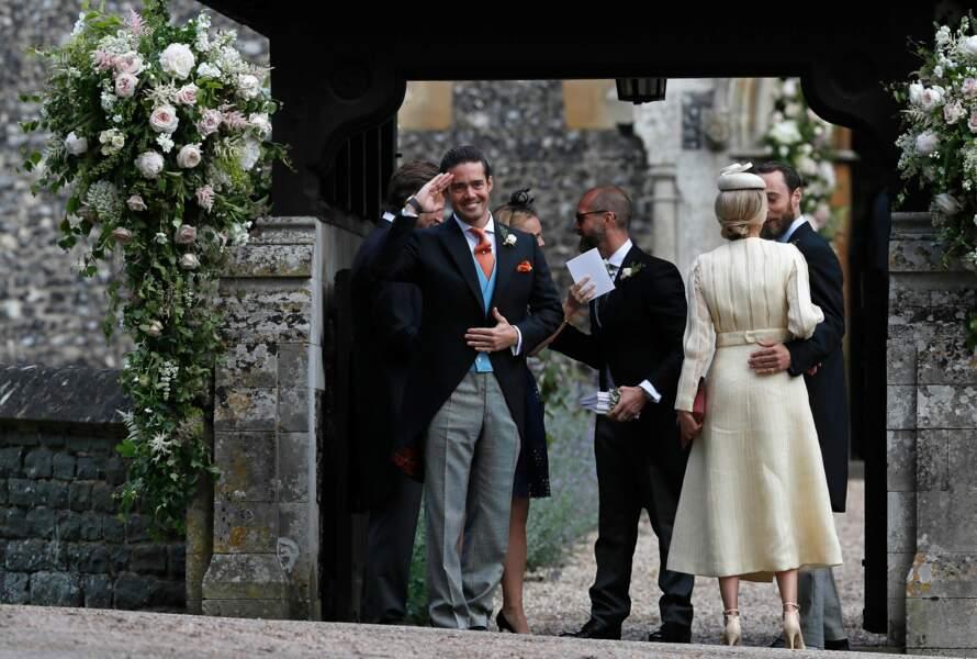 Les invités arrivent au mariage de Pippa Middleton et de James Matthews