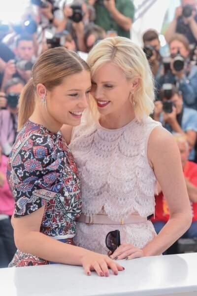 Cannes 2016: Charlize Theron et Adèle Exarchopoulos hyper complices