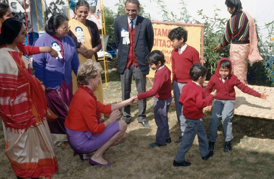 Lady Di en visite à Agra, avant de rejoindre le Taj Mahal, 1991