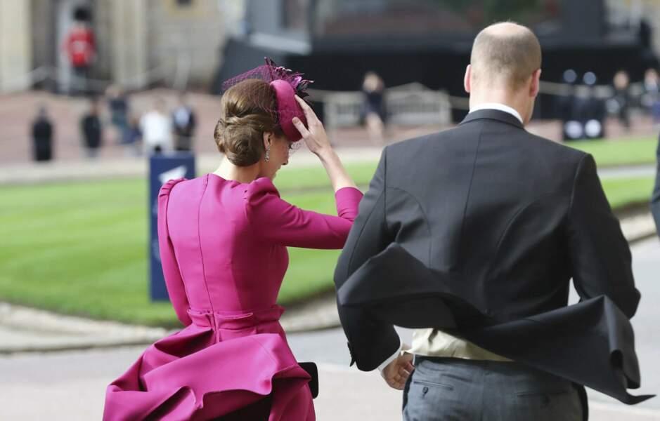Kate et William malmenés par le vent au mariage de la princesse Eugenie et Jack Brooksbank