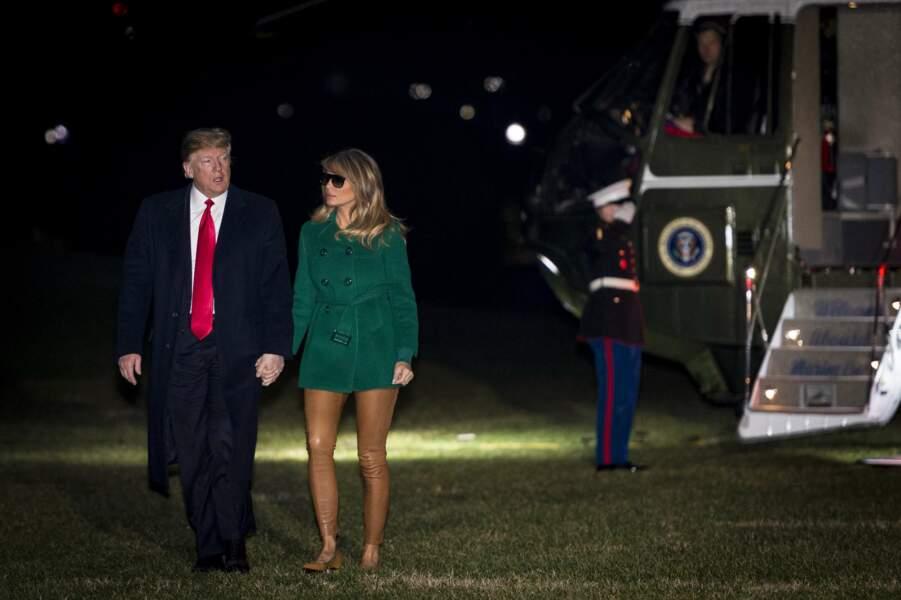 Melania Trump nue sous son manteau ? Ces clichés qui font jaser