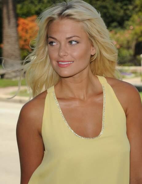 Caroline (Caroline Receveur)