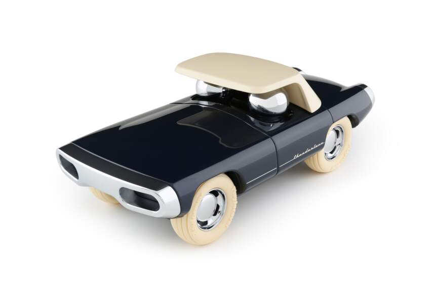 Mini voiture. Maverick argent, 65€, Thunderlane au Publicis Drugstore