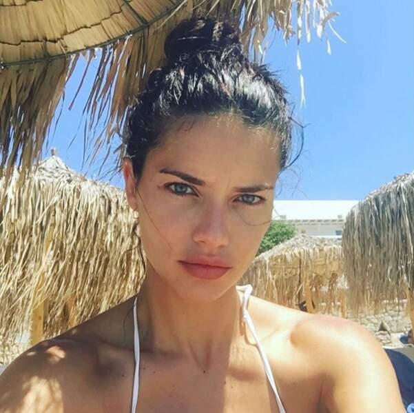 Défilé Victoria's Secret à Paris : Adriana Lima