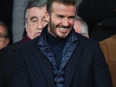 VOICI - PHOTOS David Beckham et Bella Hadid ultra complices, Robin Wright amoureuse : le public très VIP du match PSG/Real