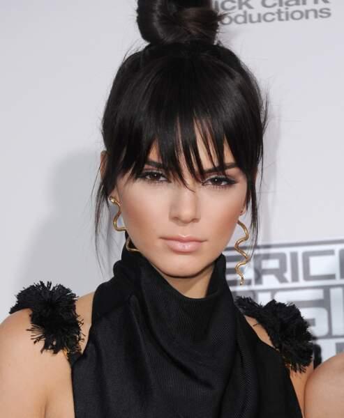 Coiffure : des chignons faciles à porter au quotidien - Kendall Jenner