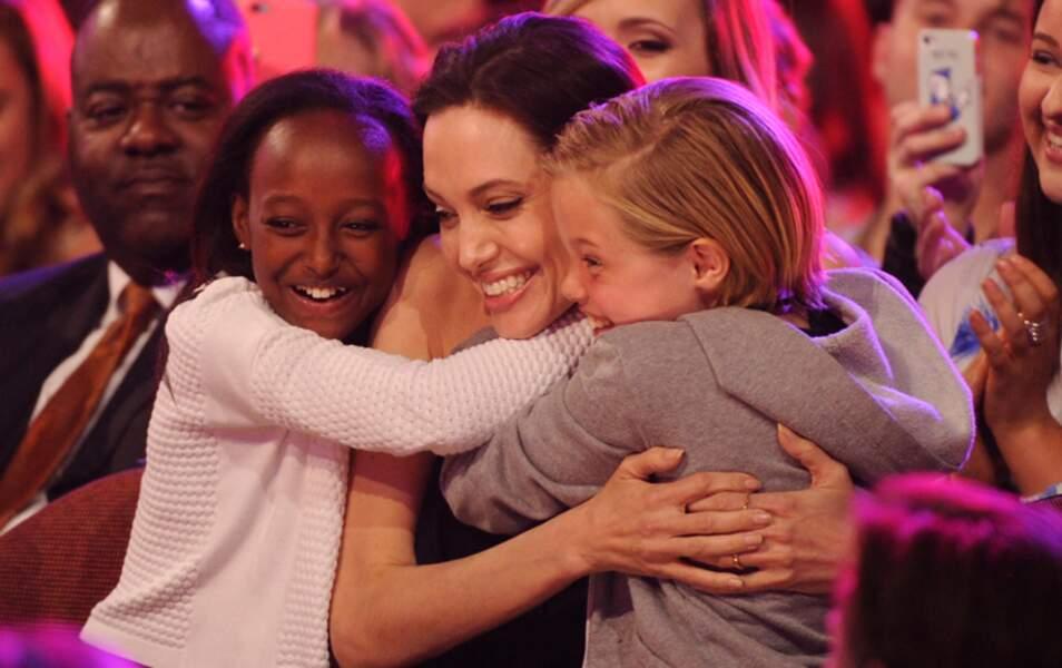 Elle est pas belle la vie, elle est jolie (Angelina Jolie, Zahara Marley et Shiloh Nouvel Jolie-Pitt)