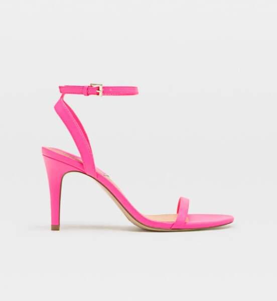Sandales à talon, Stradivarius, 19,99€