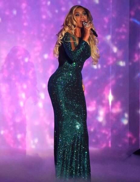 """Beyoncé nous envoie des """"XO"""""""