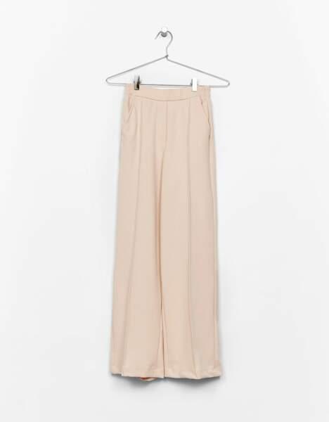 Pantalon large rose nude, Bershka, 5,99 euros (en soldes)