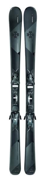 Skis. 599 €, Elan, Delight Black Edition x Swarovski