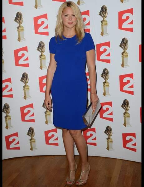 Virginie Efira dans une jolie robe bleue aux Molières 2014