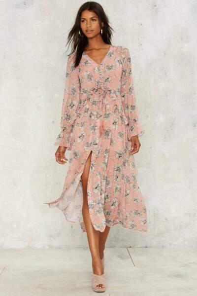 Robe longue Nastygal : 85€