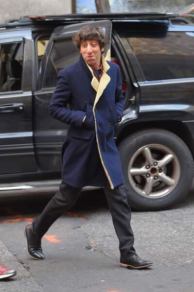 Heureusement pour lui, l'acteur ne porte pas de faux col et de coupe au bol en dehors des plateaux