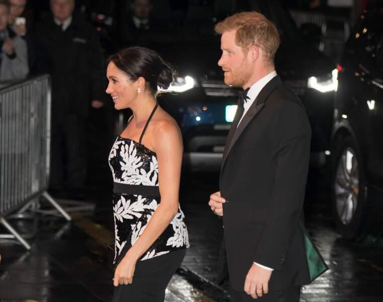 La duchesse de Sussex et le prince Harry au Royal Variety Performance le 19 novembre 2018