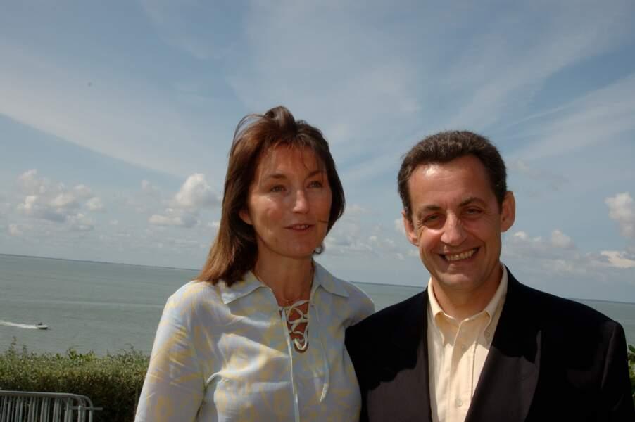 Ces couples brisés par le succès - Nicolas Sarkozy a pris l'Elysée mais sans Cécilia, qui, elle, a pris la tangente