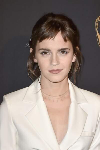 La frange asymétrique et effilée d'Emma Watson