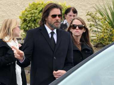 Jim Carrey dévasté aux funérailles de son ex, Cathriona White