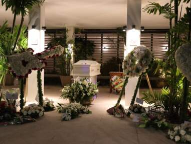 Mort de Johnny Hallyday : la veillée au funérarium de Saint-Barthélemy