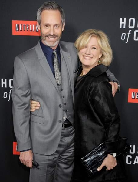 Jayne Atkinson avec Michael Gill, l'interprète du président américain