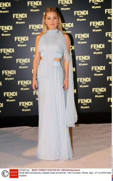 90 ans de Fendi : Kate Hudson en-Fendi-sée