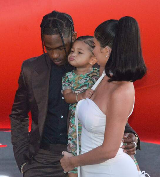 Kylie Jenner, Travis Scott et leur bébé Stormi à la première du documentaire Netflix à Los Angeles
