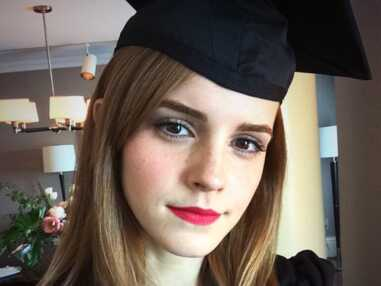 Emma Watson toute mignonne pour recevoir son diplôme
