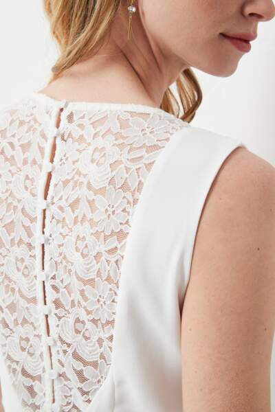 Robe blanche sans manche (dos). Collection IRL by showroomprive.com, 39 €