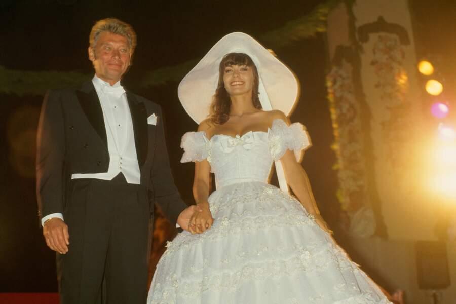 Johnny Hallyday et Adeline Blondieau se sont remariés à Las Vegas en 1994 et divorcent en 1995