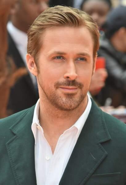 Ryan Gosling débroussaillé avec un petit bouc : HELLO YOU!