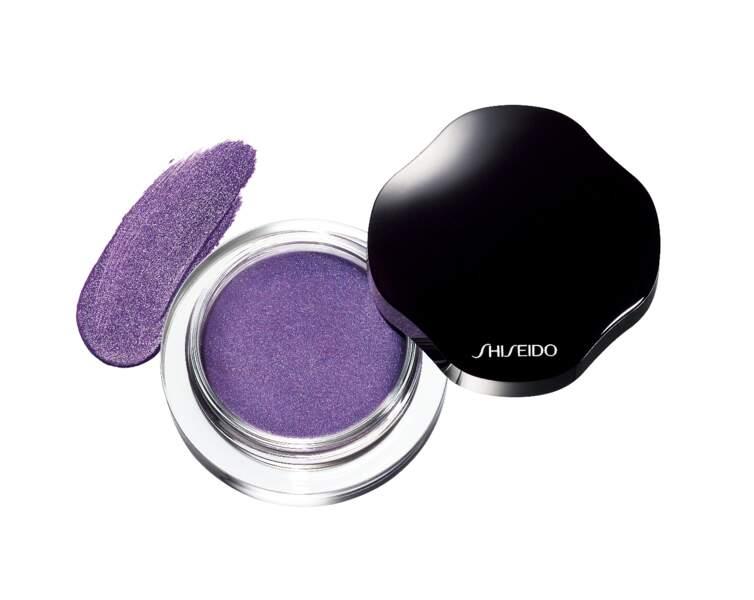 Fard à paupières Ombre Crème Satinée Purple Dawn, 30 €, Shiseido.