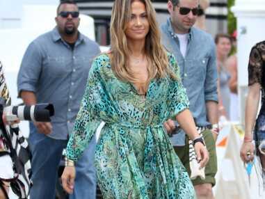 Marieluvpink recrée le look de plage de Jennifer Lopez