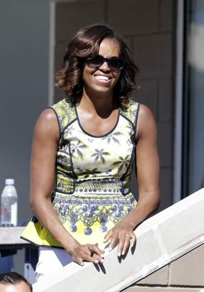 Michelle Obama en top péplum à imprimé flashy
