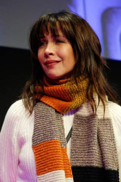 Sophie Marceau en larmes