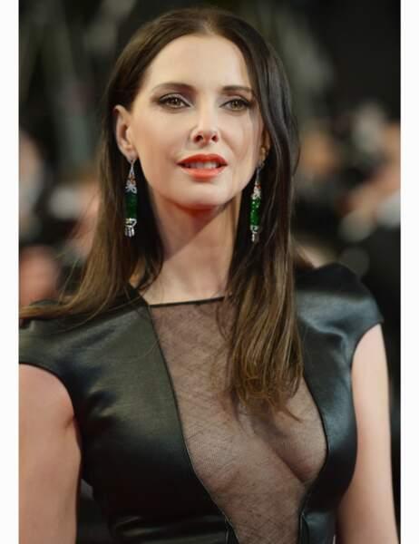 Décolleté sexy pour l'actrice