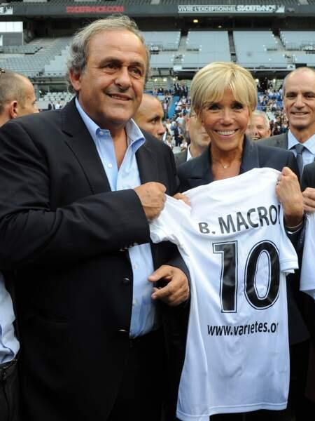 Brigitte Macron a même eu le droit à son maillot de foot
