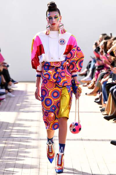 Fashion Week printemps été 2019 : Manish Arora réussi à rendre fashion le PSG
